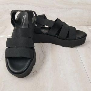 Donald Pliner Lanna Ankle Strap Platform Sandal